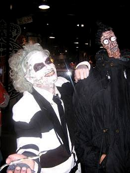 beetlejuice_and_shrunken_head_hunter_1_1.jpg