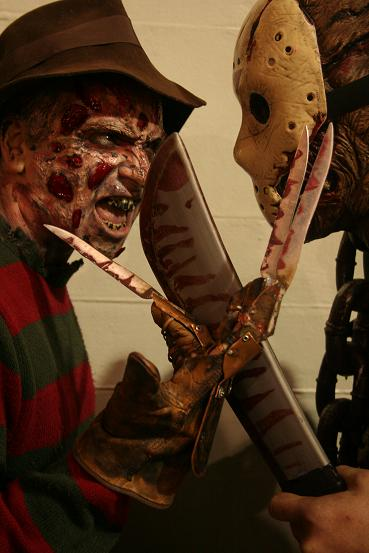 freddy_vs_jason_hollywood_blvd_promo_close_light_best_1.jpg