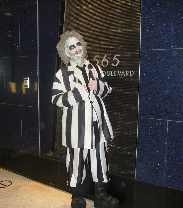 gerard_beetlejuice_debs_photos_3_cropped_1_medium.jpg