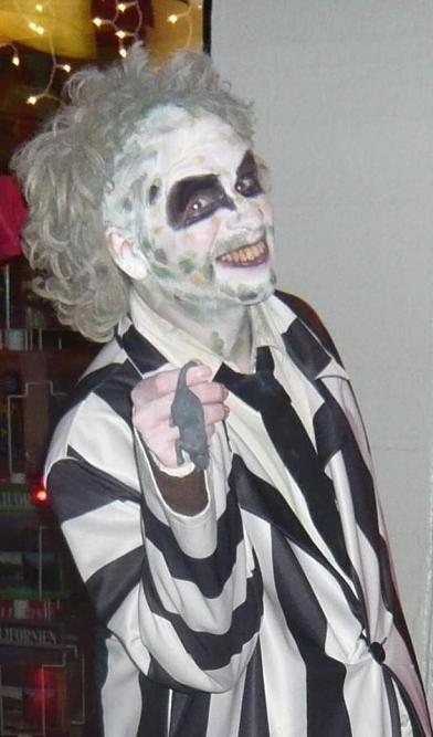 gerard_beetlejuice_debs_photos_4_close_up_1_medium.jpg